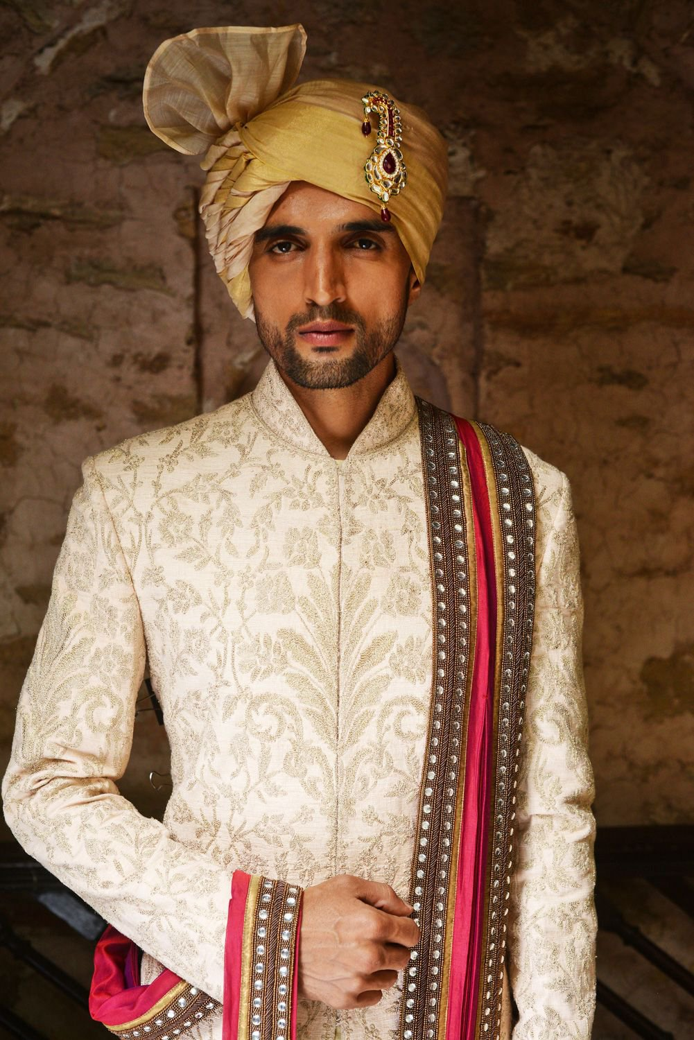 Bejewelled Shaded Safa Design for Grooms