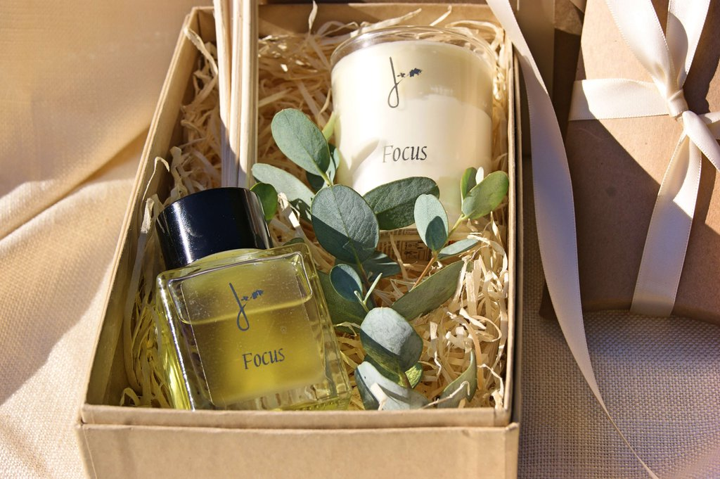 perfume-wedding-gift-ideas-for-sisters