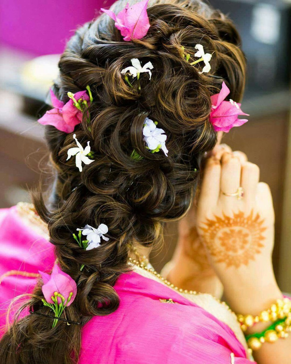 Loose braid with flowers